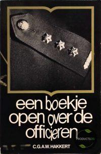 Een boekje open over de officieren